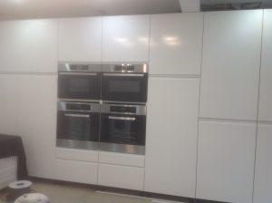 Billericay handyman repairing kitchen units